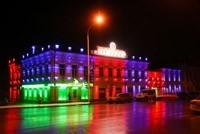 Наружное освещение: архитектурное освещение зданий, фасадов дома в Бердске